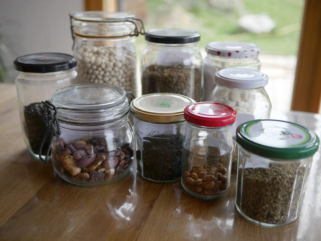 Stockage de graines en pots